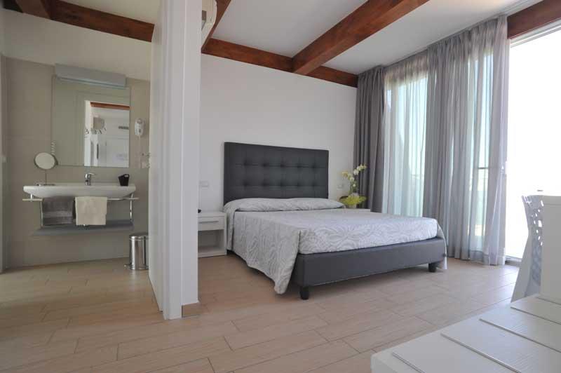 Camere per hotel modello newyork mancini contract camere for Mancini arredamenti
