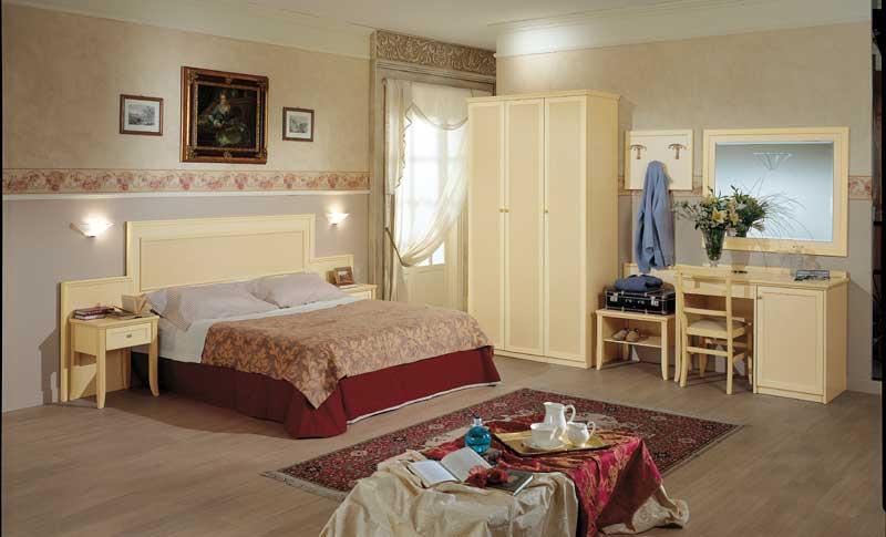 Camere per hotel modello praga mancini atler camere per for Mancini arredamenti